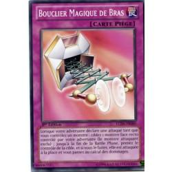 Bouclier Magique de Bras (C) [LCJW]